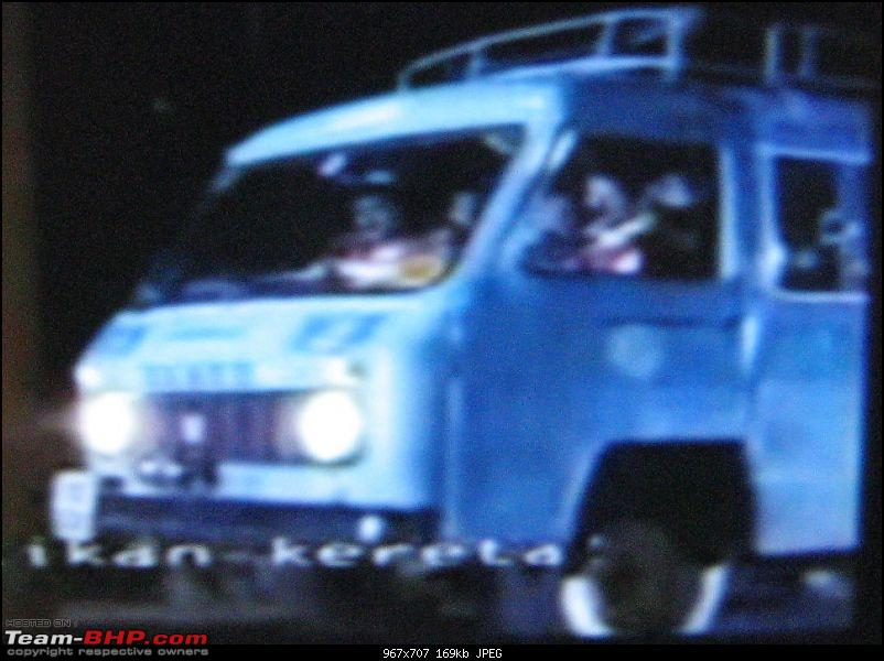 Old Bollywood & Indian Films : The Best Archives for Old Cars-img_3799.jpg