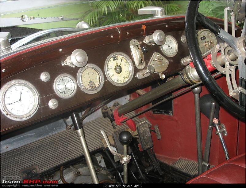 Dashboard Pictures of Vintage and Classic Cars-8.jpg