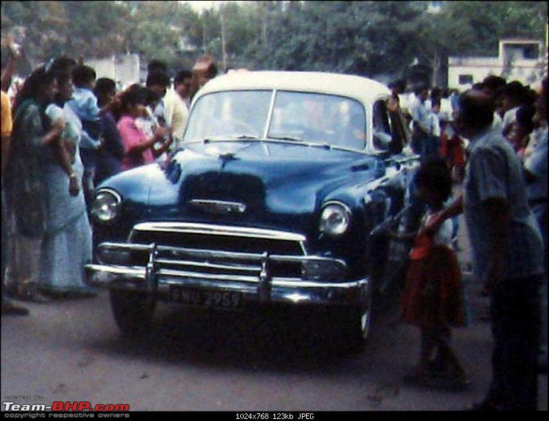 Pics of Pune vintage rally, 10+ years old-vakil_1951chevroletdeluxe.jpg