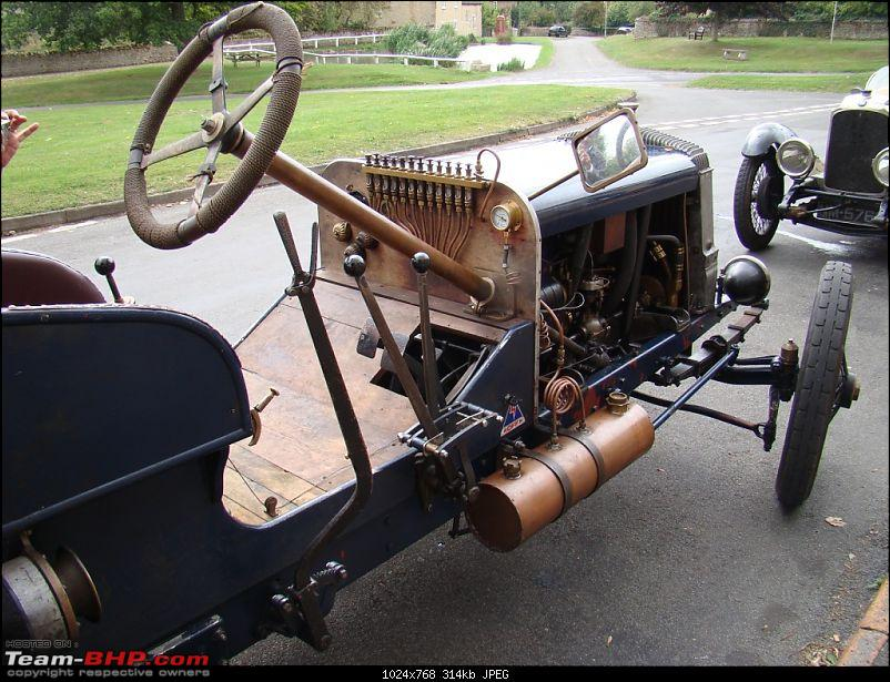 Dashboard Pictures of Vintage and Classic Cars-3.jpg