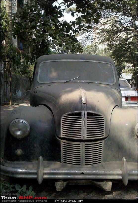 Rust In Pieces... Pics of Disintegrating Classic & Vintage Cars-20110108_140827_284_mumbai.jpg