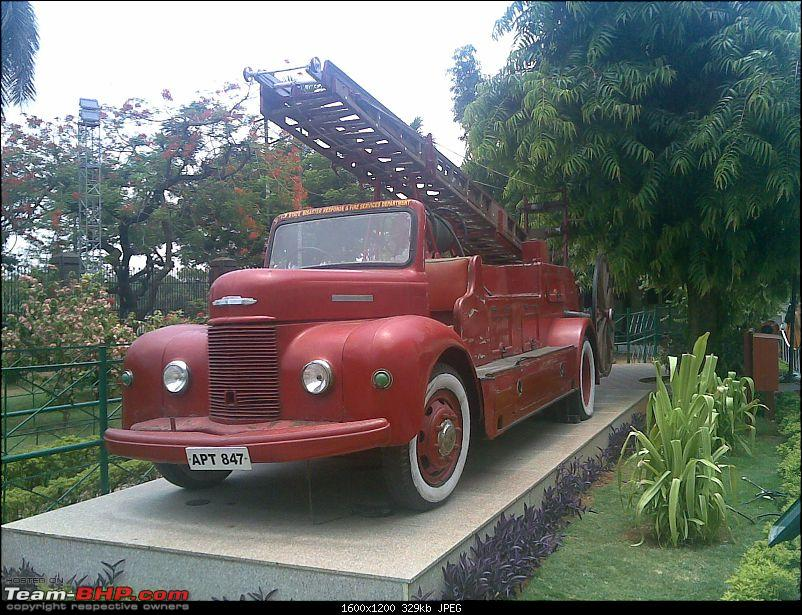 Vintage and Classic Cars on Display in India-02062011.jpg