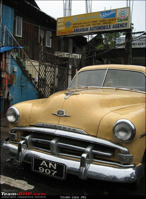 Plymouth spotted on Mumbai-Pune expressay. EDIT - more Plymouths here.-ply01.jpg