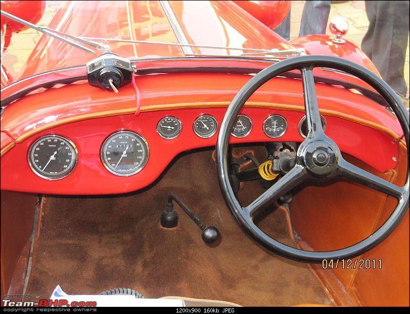 Carwale vintage and classic car drive 2011- Vashi - Khandala-fiat03.jpg