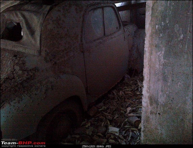 Please identify this Car? Restoration potential? EDIT : It's a Fiat 500-img2012021100143.jpg