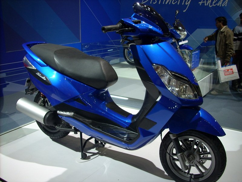 Bajaj Blade 125 Specification of Bajaj Blade 125 Will be in market in August,2010